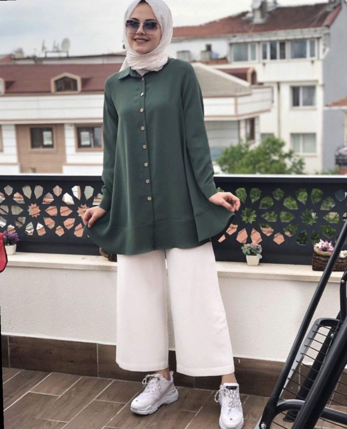 ✓ Dress Casual Muslim Chic #outfits #glam #outfitoftheday  Gaya