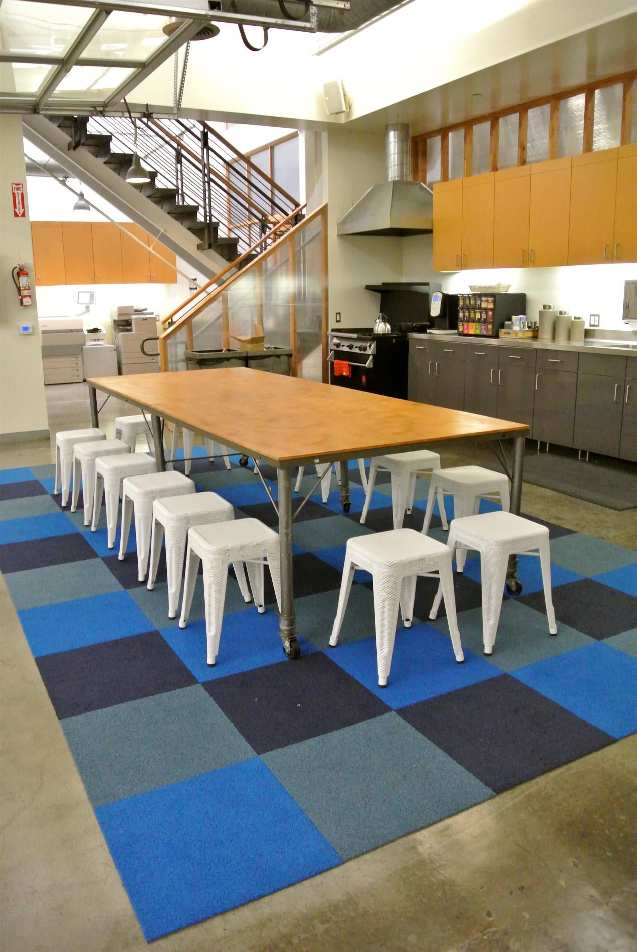Shryne Design Globe Office Kitchen   Carpet Tiles   Ss Colours? Use Diff  Colour Tiles In Diff Areas   Chill Out.