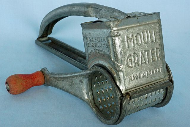 Vintage Mouli Cheese Grater Made In France With Red Wood Handle This Old Mouli Grater Is Good Condition And About 8 Long Tin Can Alley Www Bagthe Ustensile