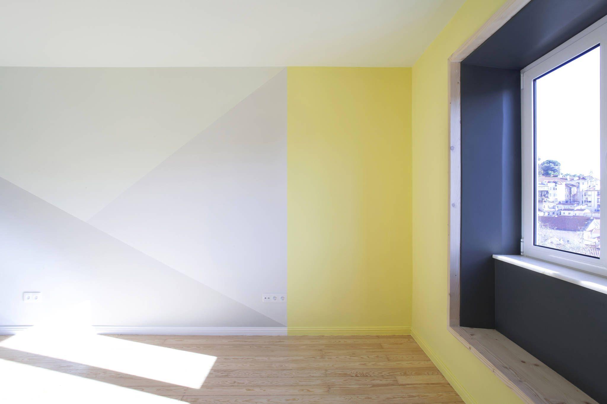Remodelação T2+1 Duplex Mouraria: Salas de estar Eclético por BL Design e Arquitectura de Interiores