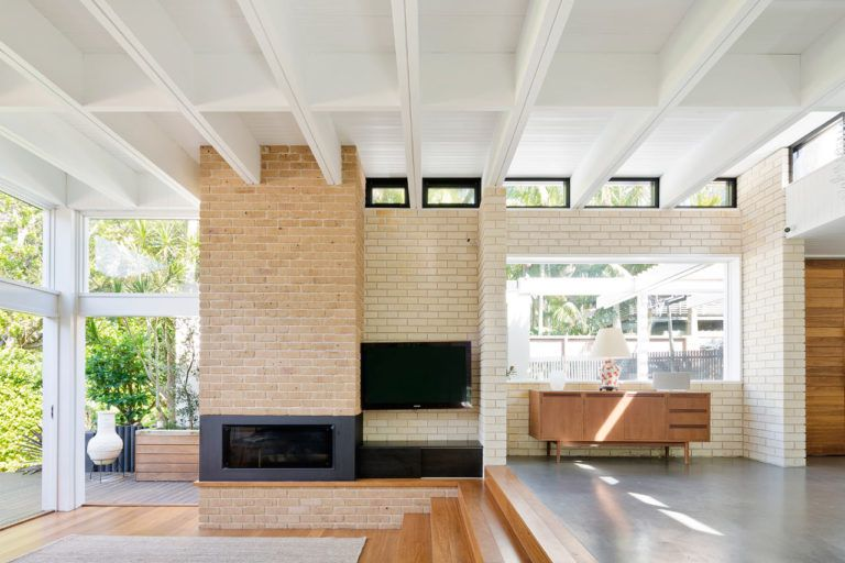 A Beach House With A New Mid Century Modern Addition With Images