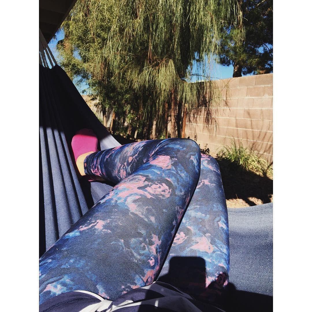 Dear winter Never come back. Love Janelle  #hammocklife #backyardlove #iliketobeoutside by @cliveandlylesmama