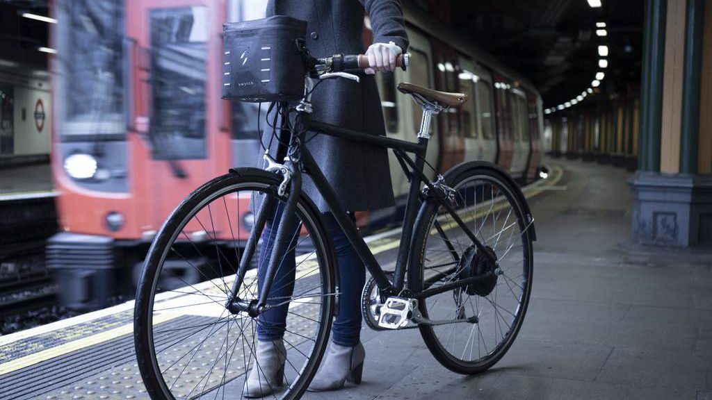 The Swytch Electric Conversion Kit Can Power Any Bicycle With
