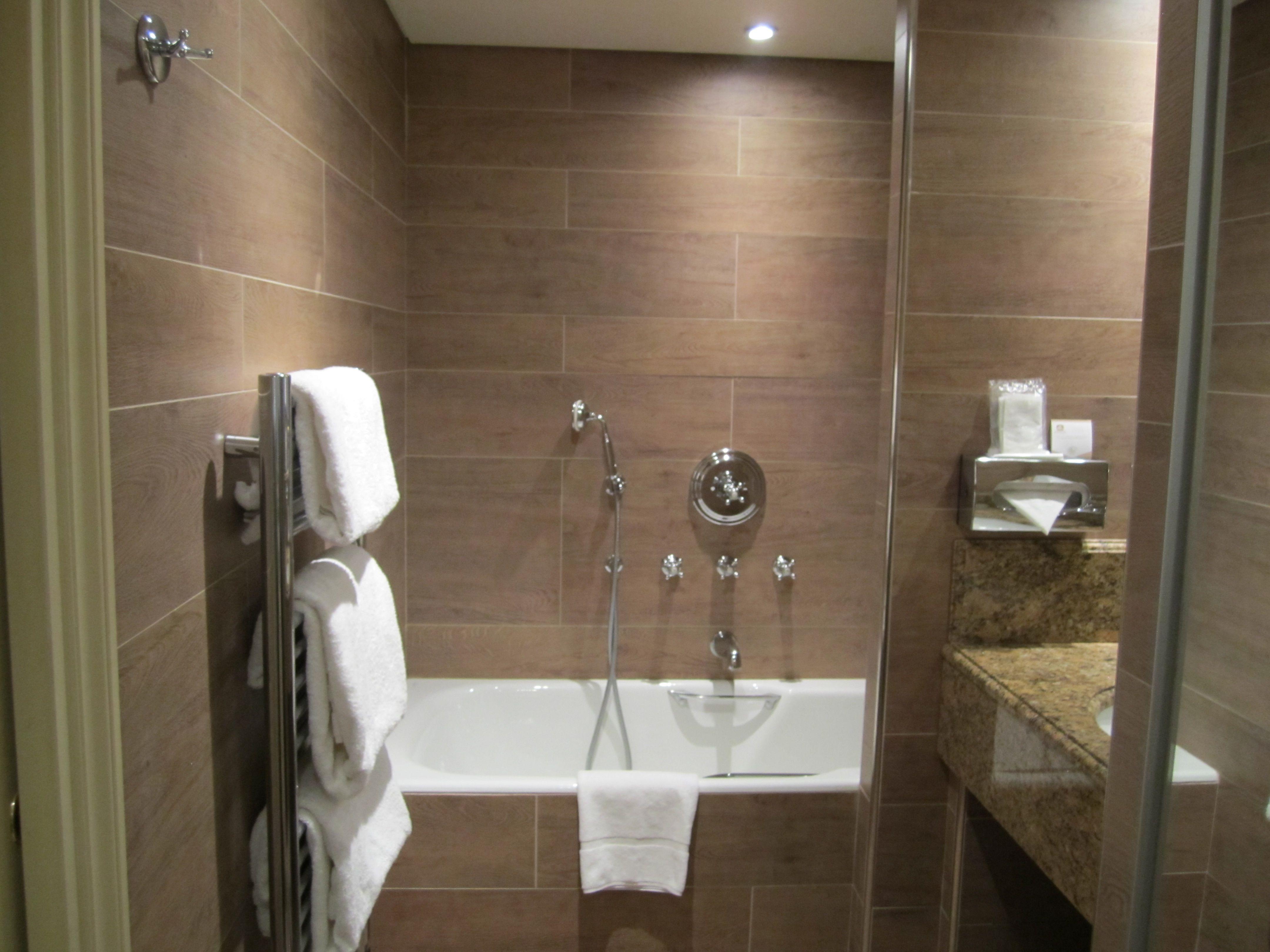 BathroomHand Shower Towel Holder Towel Rack Small Modern Bathroom - Small bathroom models