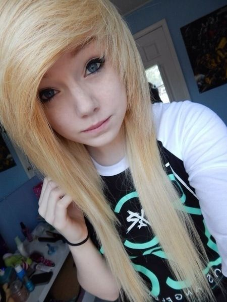 Im Looking For Cool Emo Hair Styles So I Can Get My Hair Cut Emo