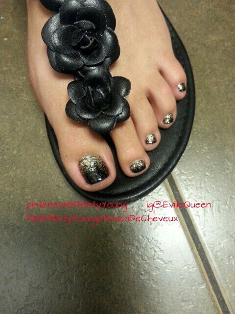 black and gliter. Did this on one of my clients last week...so cute!! Nail  Design, Nail Art, Nail Salon, Irvine, Newport Beach - Did This On One Of My Clients Last Week...so Cute!! Nail Design