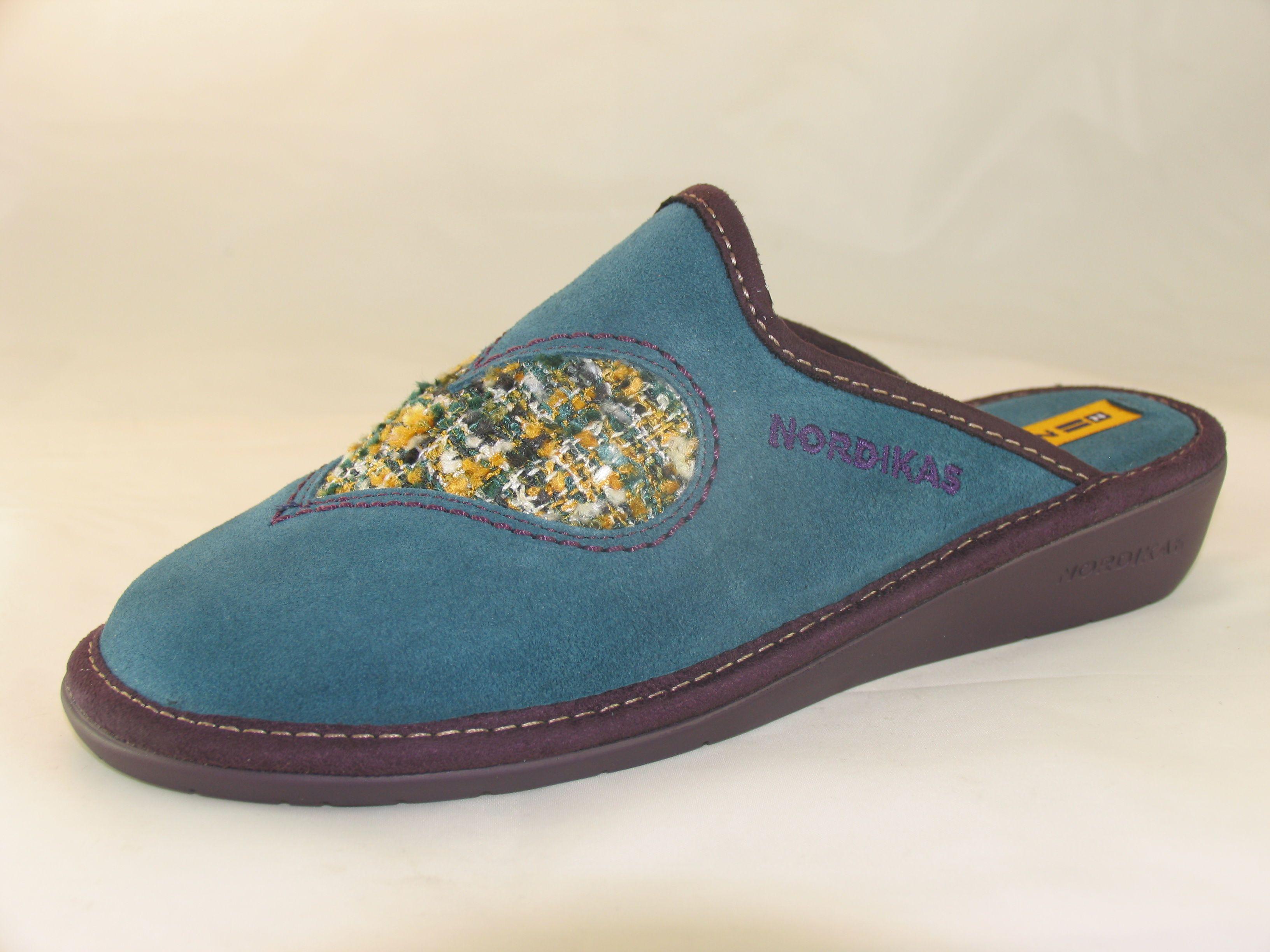 03ad611dc3226 Womens Nordikas 8130 heart motif mule slipper...
