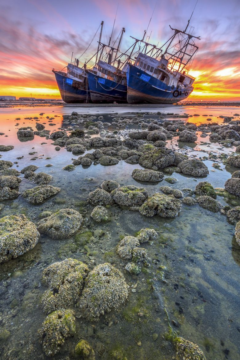 Photograph Shipwrecked by zaldz cayanan on 500px