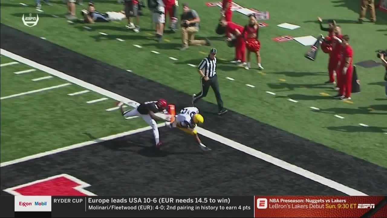 Marcus Simms with a 59yard touchdown catch from Will