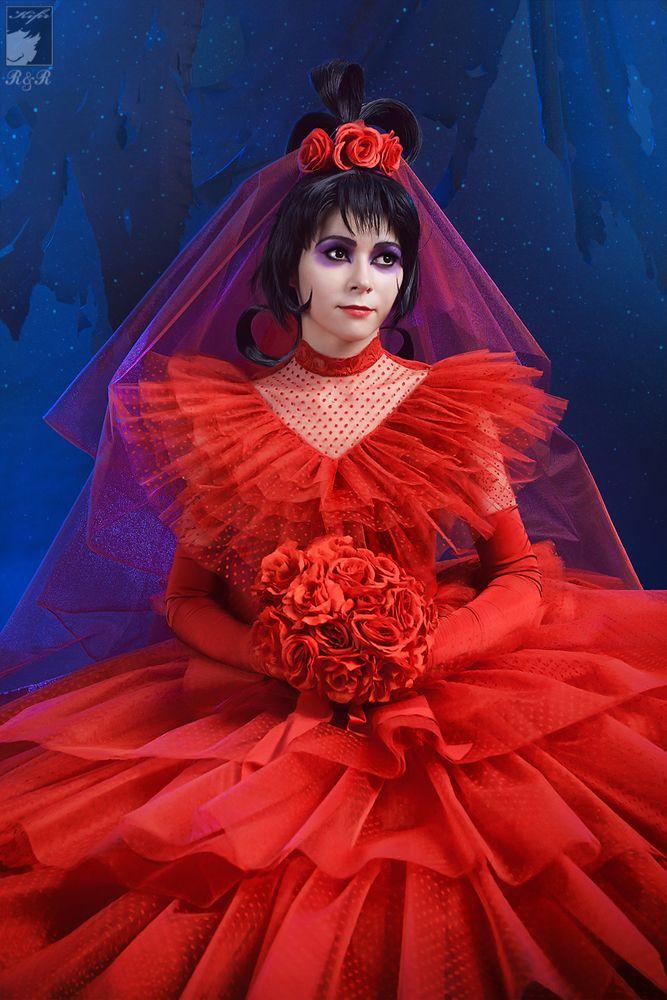 Kifir\'s Beetlejuice Lydia Wedding Dress | Creative Cosplays ...