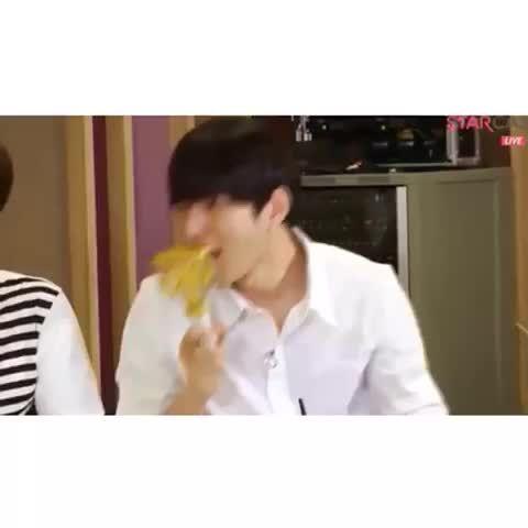 "Watch aya*'s Vine ""나 꿈꿨어 귀신 꿈꿨어 #infinite #인피니트 #Myungsoo #sungkyu #dongwoo #woohyun #hoya #Sungyeol"""
