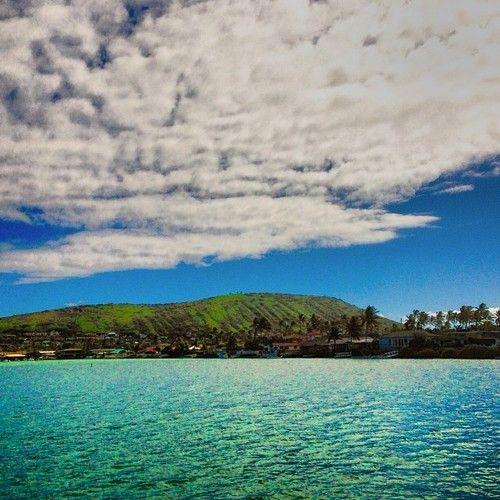 Water and #clouds. #cloudporn #oahu #hawaii #scenery #lunchspot  (at Hawaii Kai Towne Center)