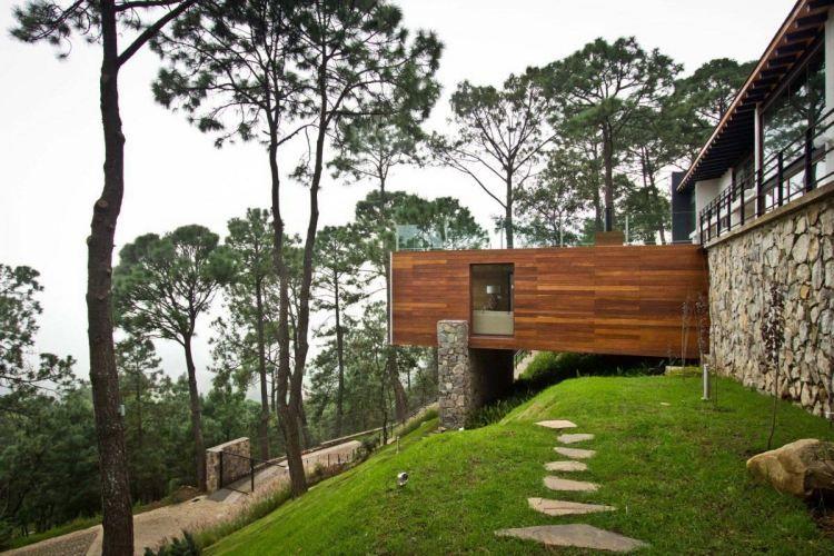 Jardin en pente moderne - idées et conseils en 25 photos !