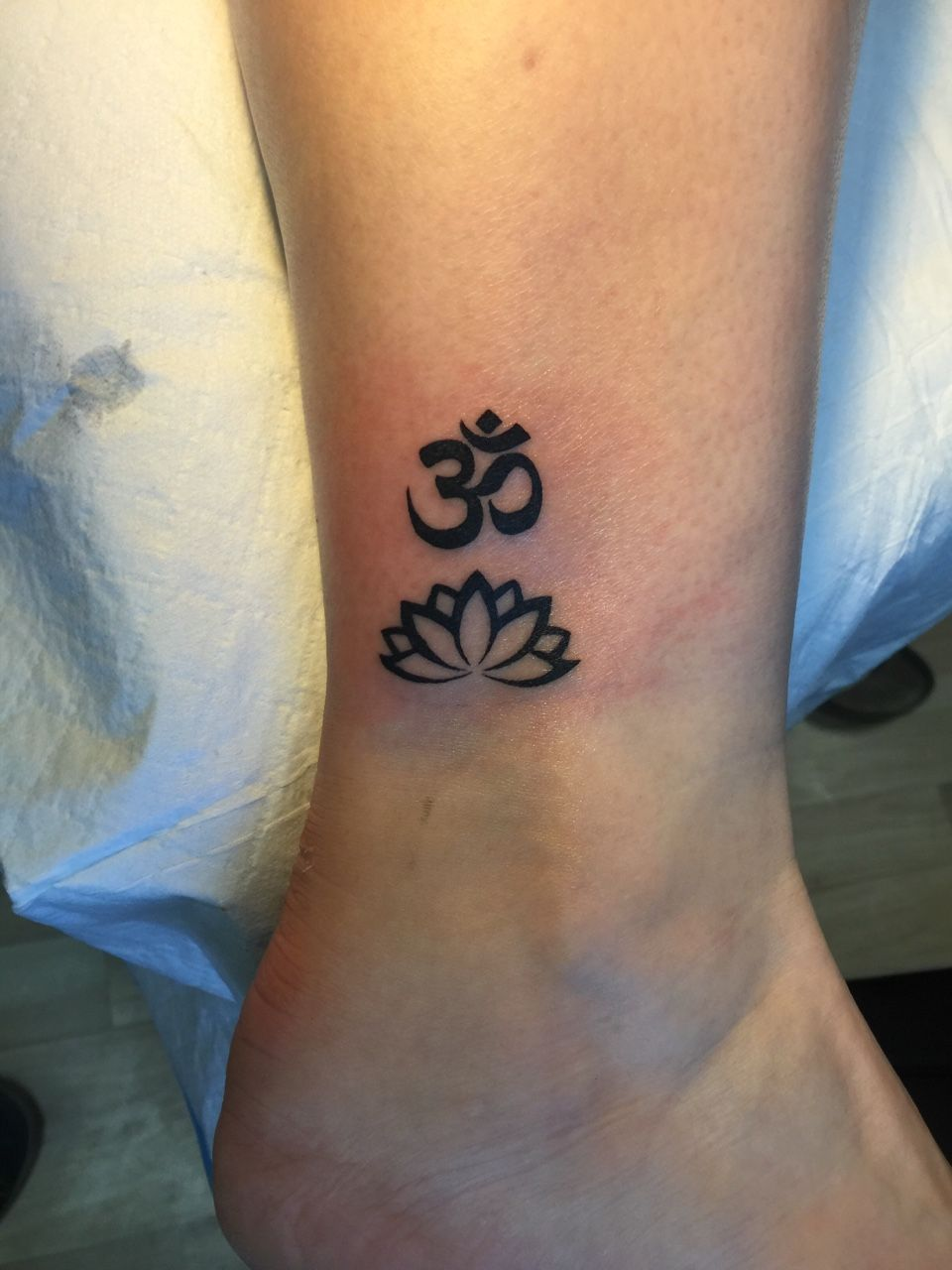 om lotus tattoo - Google Search More