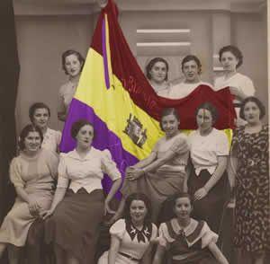 ¿Cuáles son la bandera y el himno españoles?