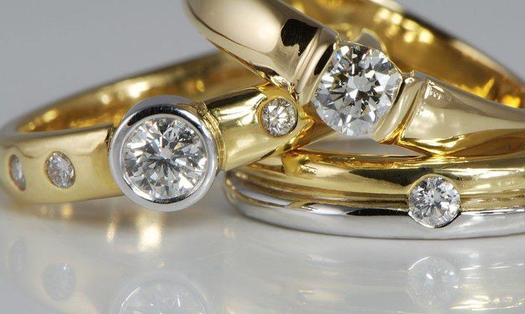 sell wedding rings for cash httpweddingkucasasell - Where To Sell Wedding Ring