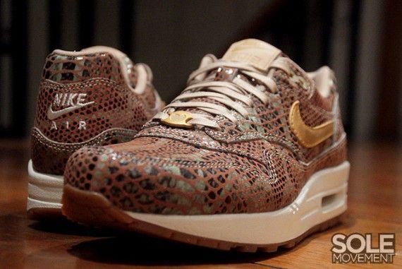 """Nike WMNS Air Max 1 """"YOTS"""" QS"""