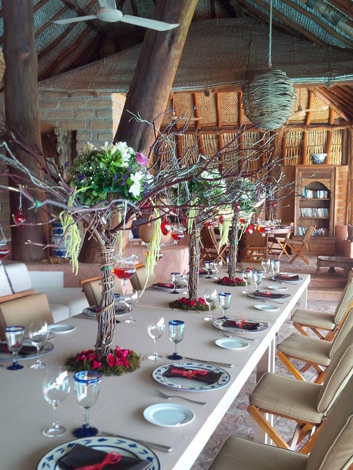 Decoración con Mesas de Madera al estilo Vintage con Arboles - estilo vintage decoracion