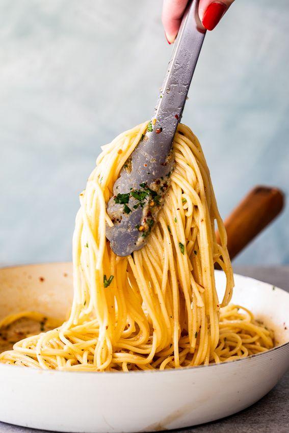 Spaghetti Aglio e Olio images