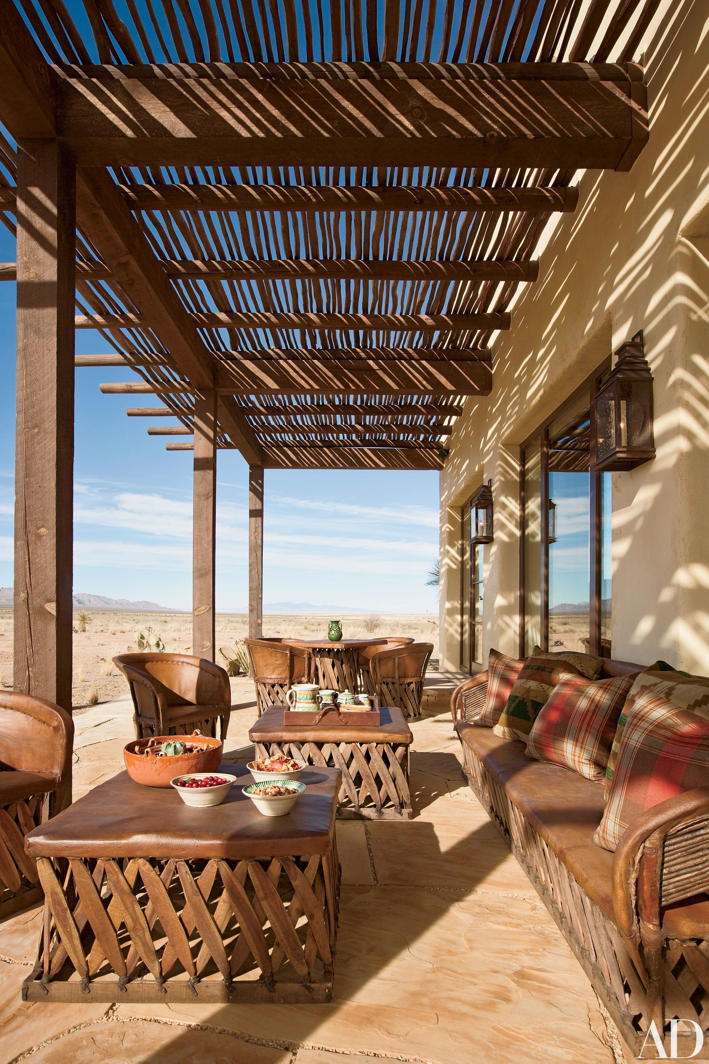 Tour Ted Turner S Hacienda Style Home In New Mexico