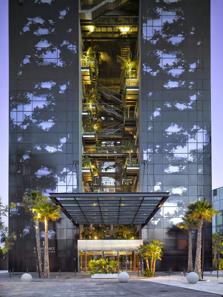 Renaissance barcelona fira hotel ateliers jean nouvel for Space 120 architects