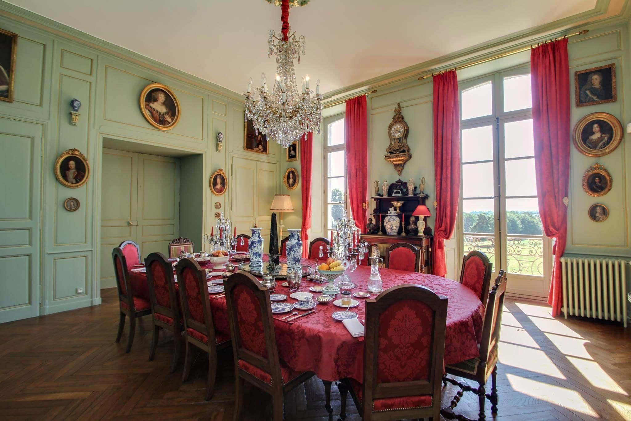 Salle Manger Du Ch Teau De Chantore French Interior Interiors  # Deco Salon Avec Tele Mas En Pierre