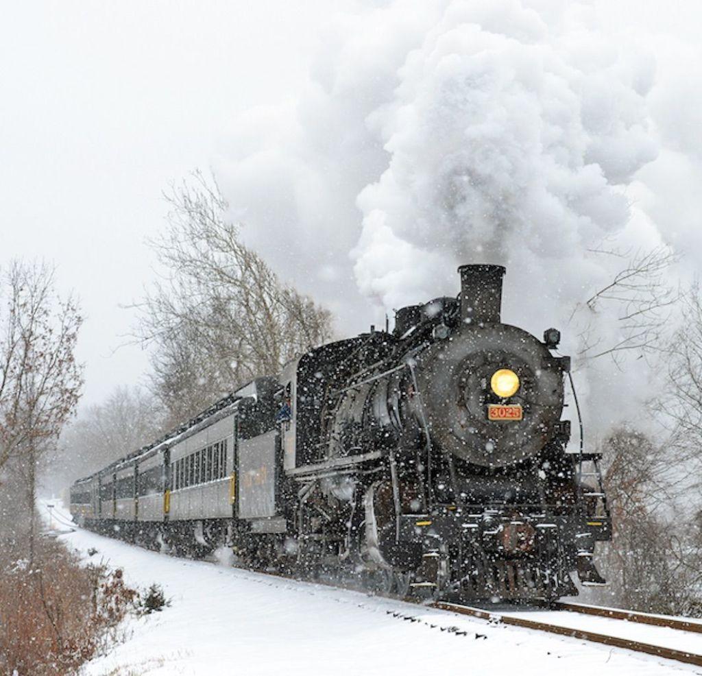 Vintage train trips across the USA - Essex, Connecticut: Essex Steam Train