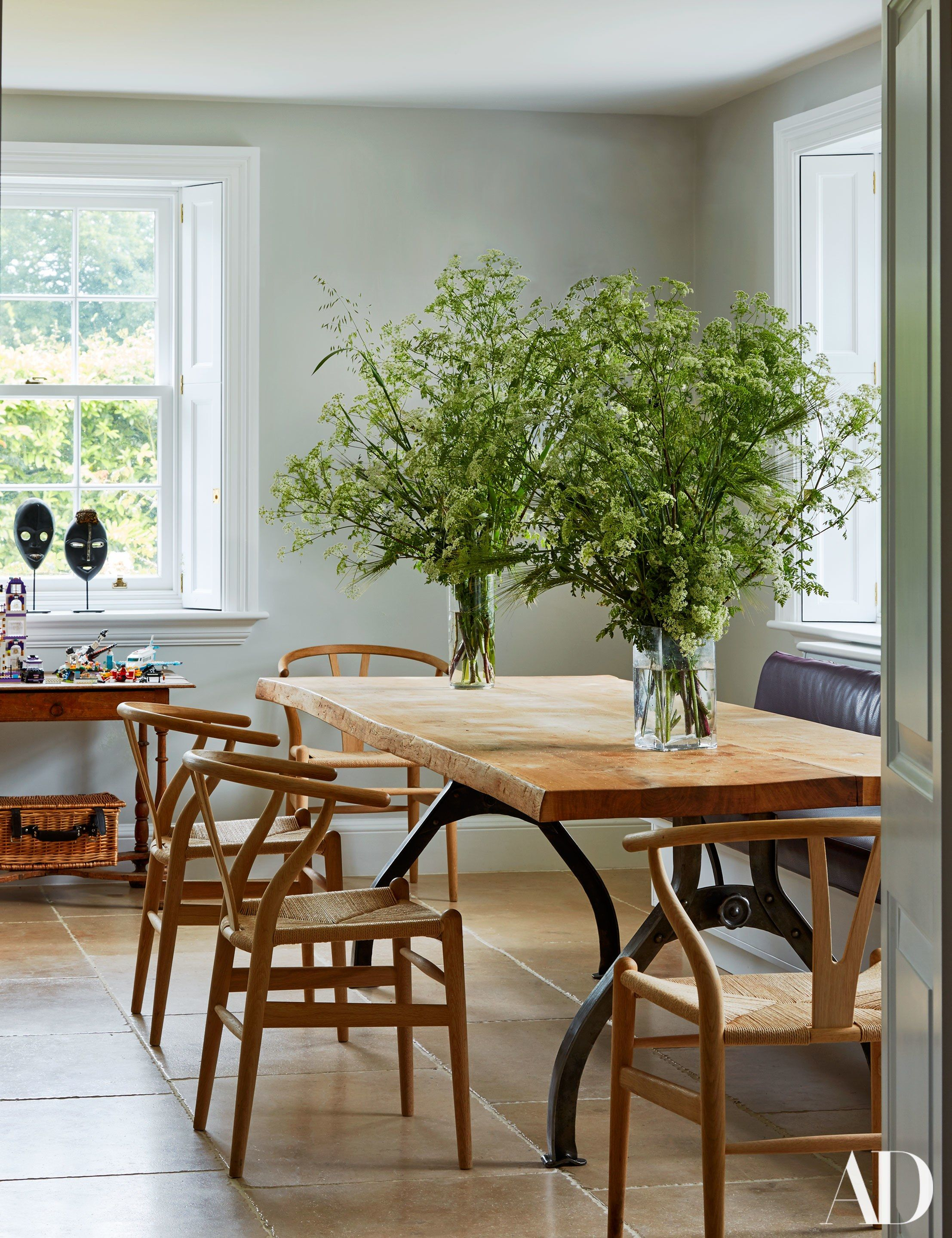 Inside India Hicks and David Flint Wood\'s Charming English Country ...