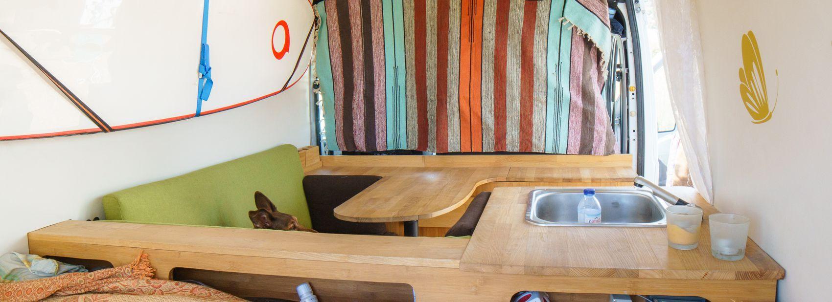 wohnmobilausbau wohnmobil selber ausbauen camper. Black Bedroom Furniture Sets. Home Design Ideas