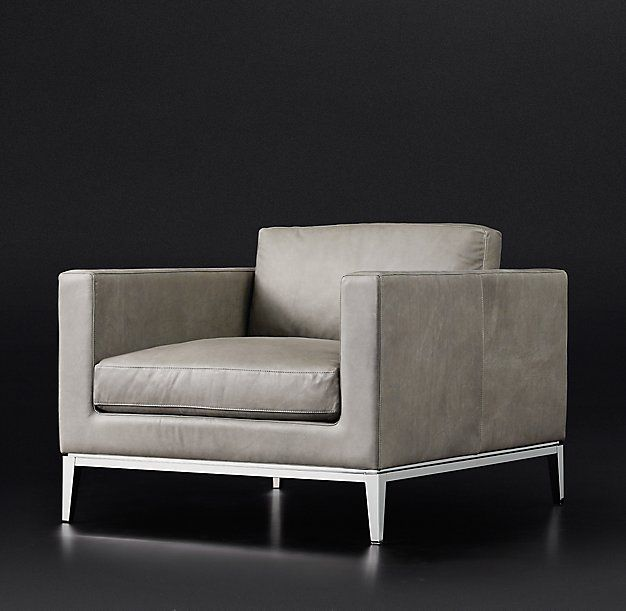 Italia Shelter Arm Leather Chair
