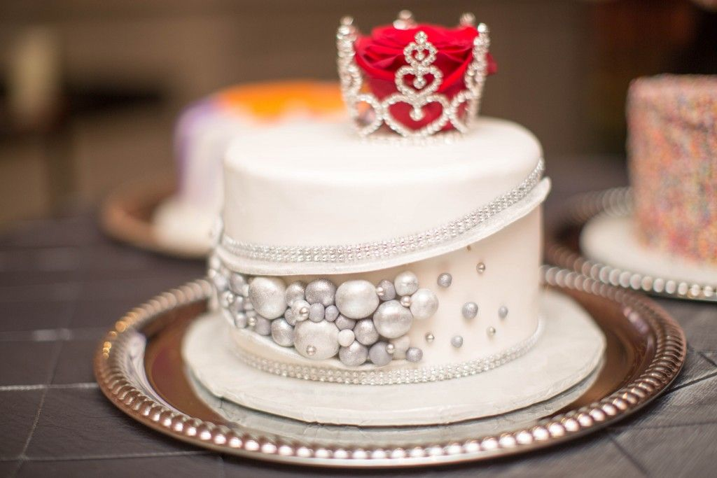 Image result for queen birthday cake
