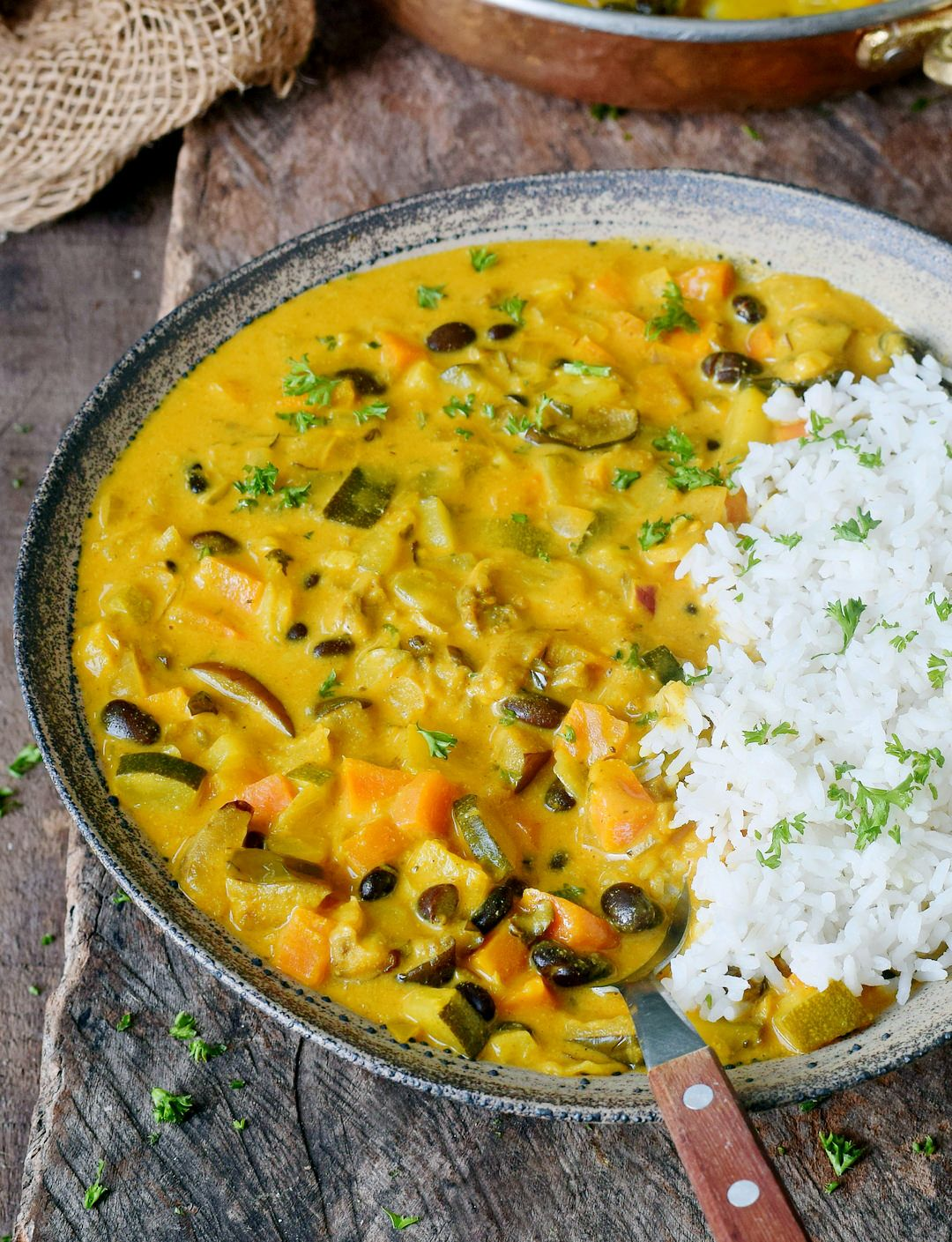 Vegetable Curry Recipe With Coconut Milk Pineapple And Chickpeas Or Beans This Healthy Comfort Meal Vegetable Curry Curry Recipes Vegetable Curry Recipes