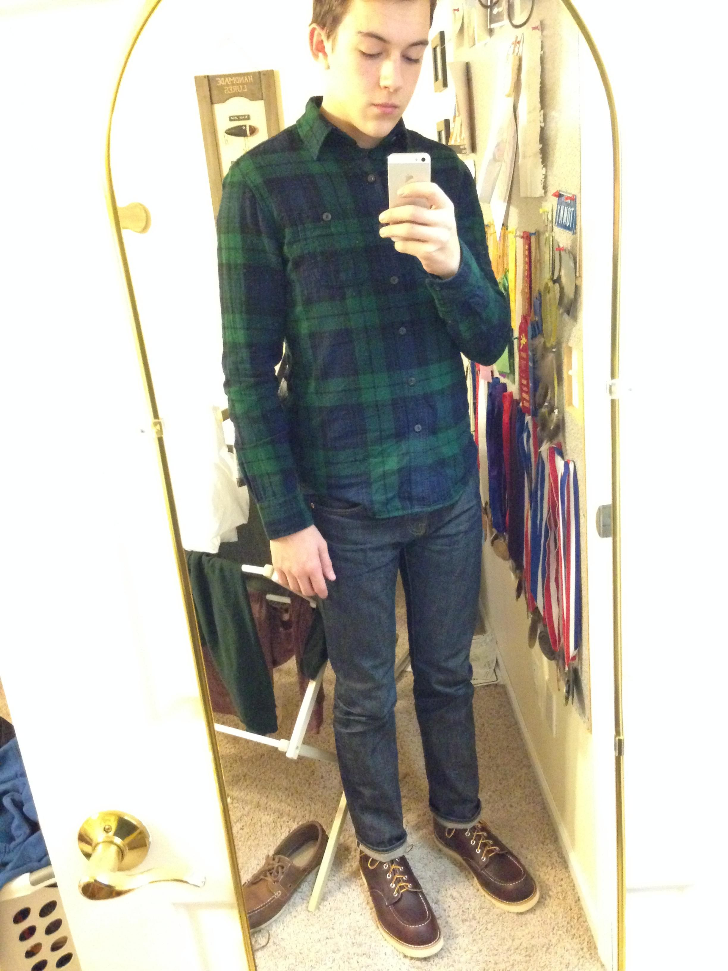 Plaid shirt, jeans and brown boots. Love the green/navy combo in the shirt!
