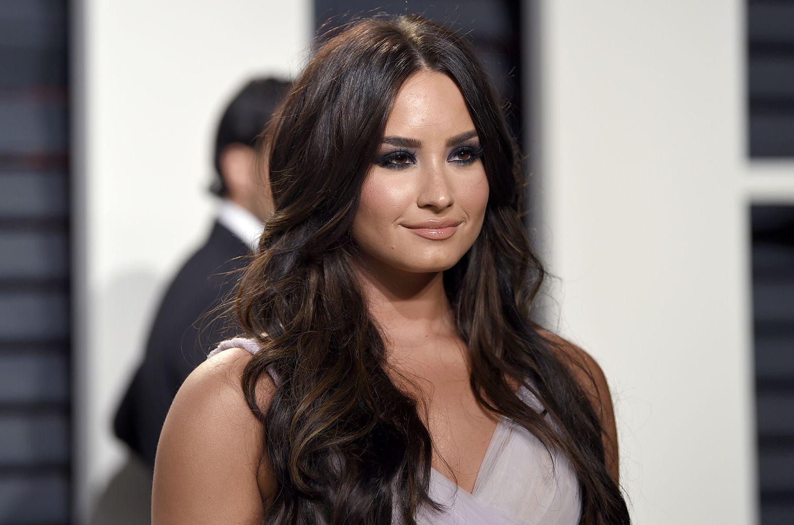 Demi Lovato Used Selena Gomez Lyrics As An Instagram Caption And
