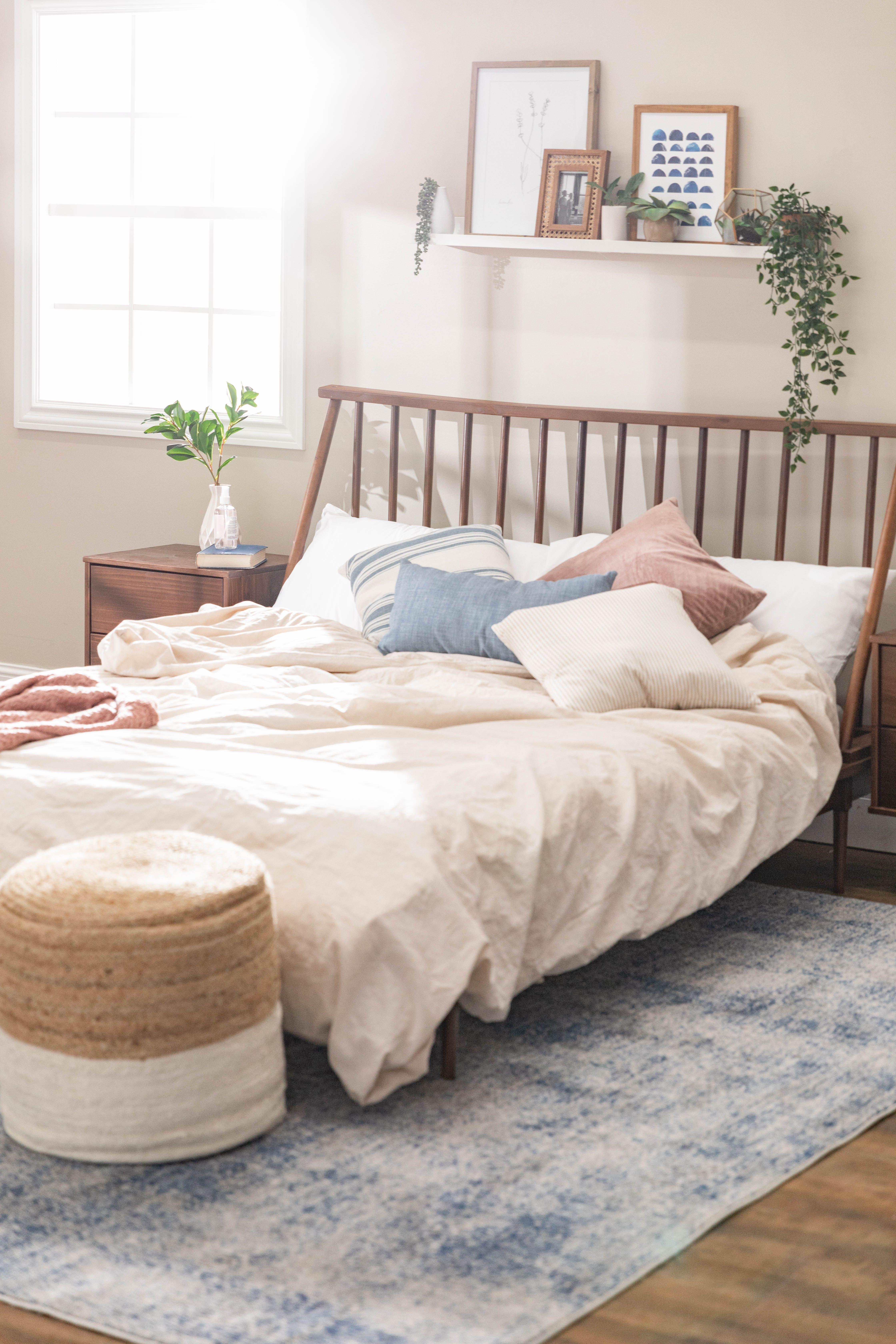 Spindle Back Solid Wood Queen Bed Floating Shelves Bedroom Home