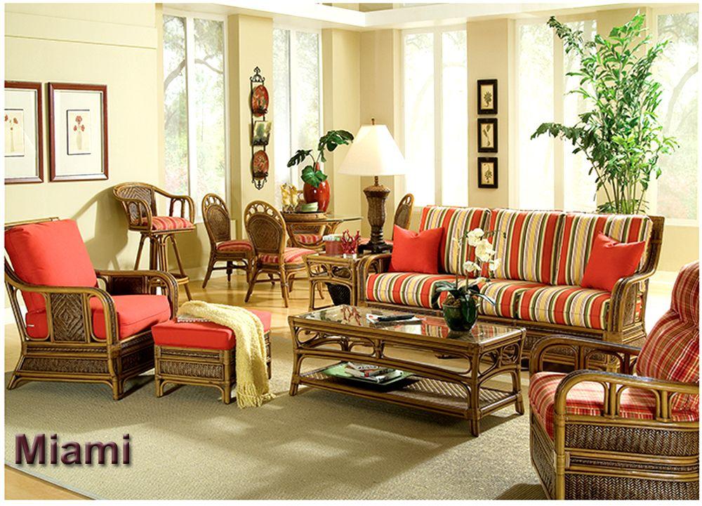 The new MIAMI Rattan living room set. NICE! http//www