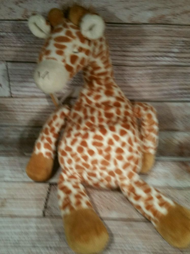 Cloud B Gentle Giraffe Sound Machine Baby Soother Plush Crib