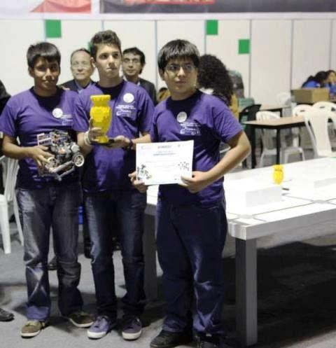 Colegio Santa Rosa de Sullana - Campeón Nacional de Robotica - Representará a Perú en el mundial de Indonesia
