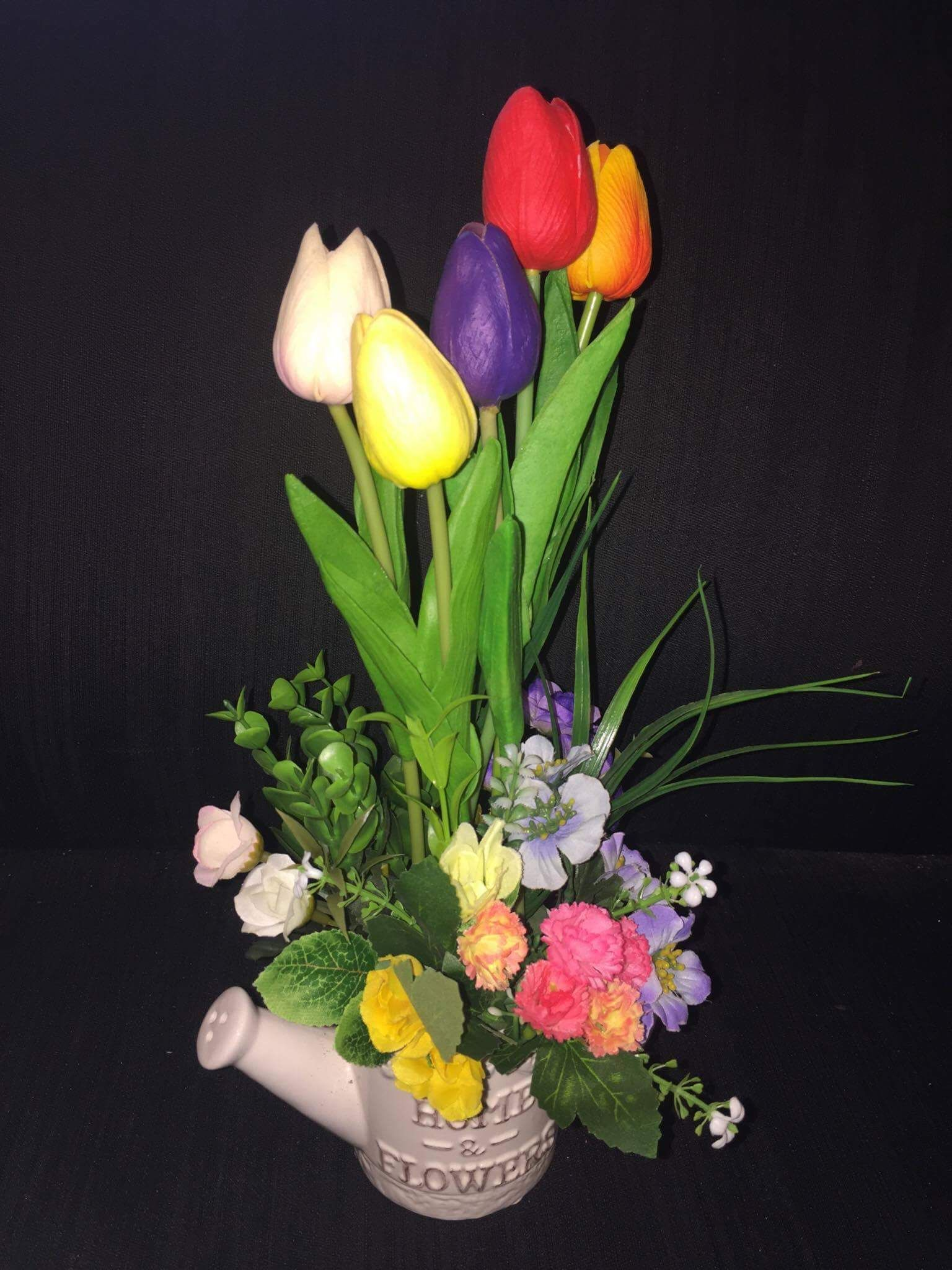 b14734c1cb7ad Jardinera Vintage con Tulipanes artificiales (5) Encuentra varias opciones  en mi pagina Tulipanes peru