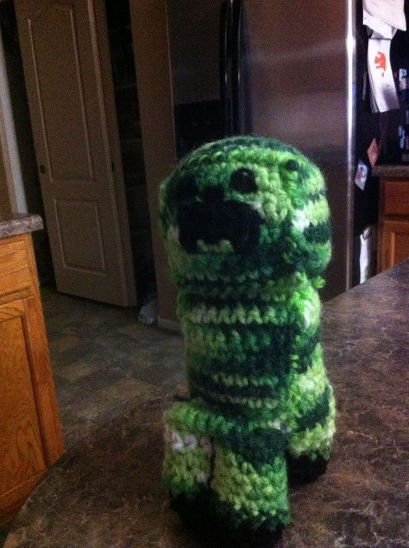 crochet creeper from minecraft | made it | Pinterest