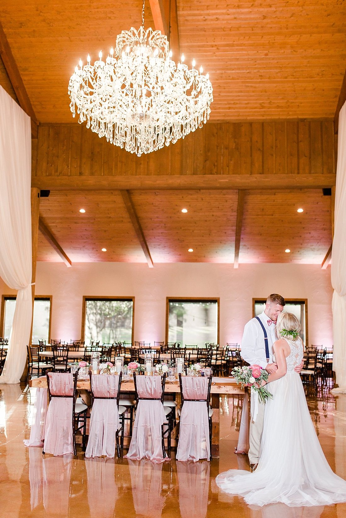 The Chandelier Of Gruene Wedding Venue In New Braunfels Texas