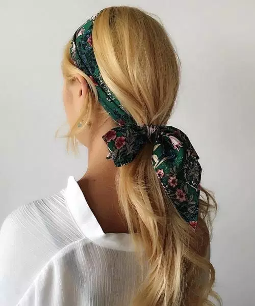 20 Summer Hairstyles Featuring the Most Fashionable Accessories