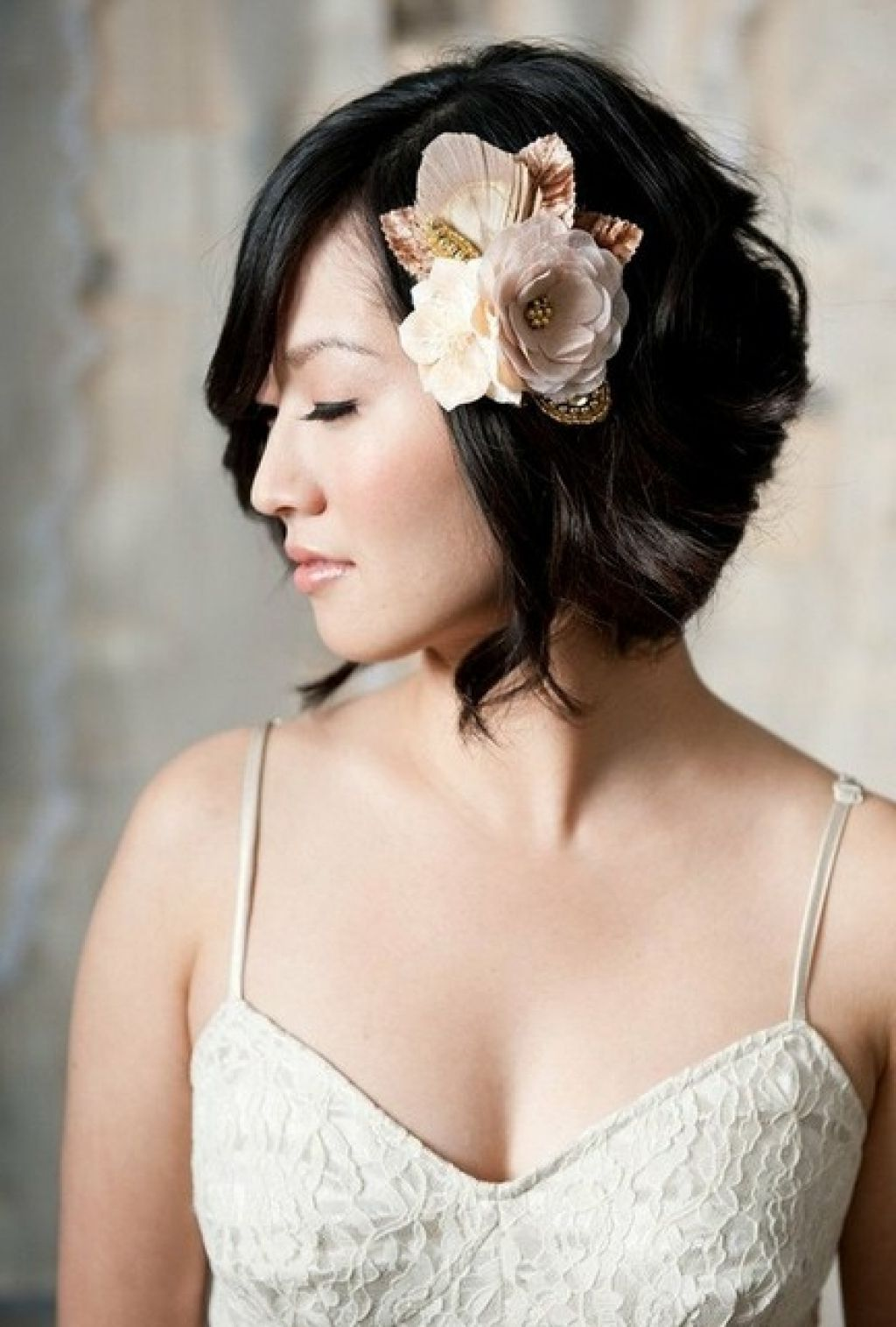 15 Walk-Down-the-Aisle-Ready Wedding Hairstyles for ShortHair picture