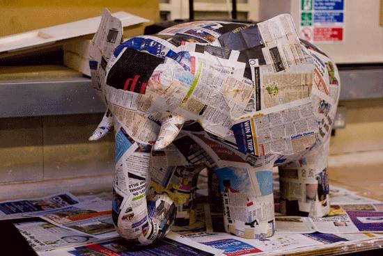 George in papier-mâché #EasyPin DIY elephant