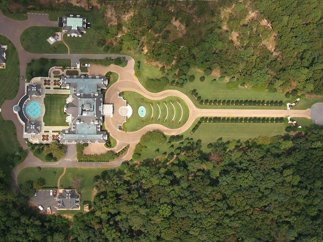 The Biggest Mansion In Alabama Is Being Auctioned And It