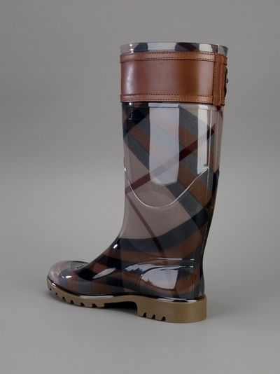Burberry London - belted check rain boot 9