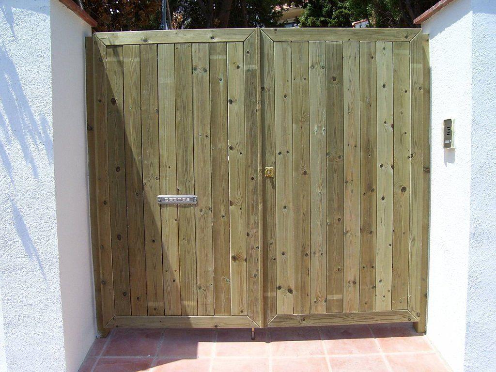 Ventanas hechas de paletas de maderas buscar con google - Hacer puerta madera ...