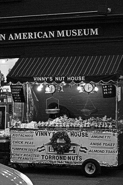 Peachy Vinnys Nut House Little Italy Nyc Fall In Love Nyc Download Free Architecture Designs Rallybritishbridgeorg