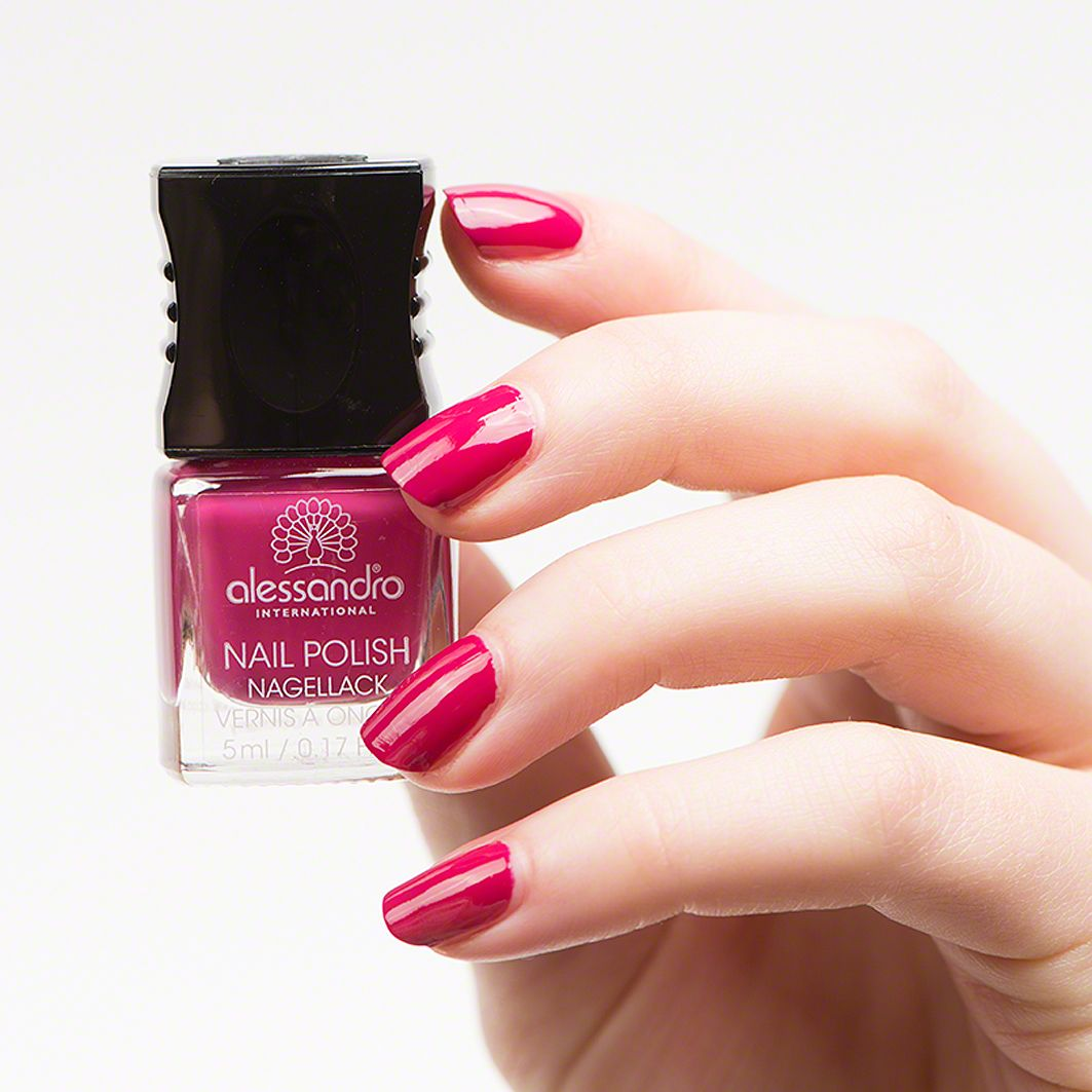 http://douglas.de/Alessandro-Vibrant-Fuchsia This nail polish in the ...