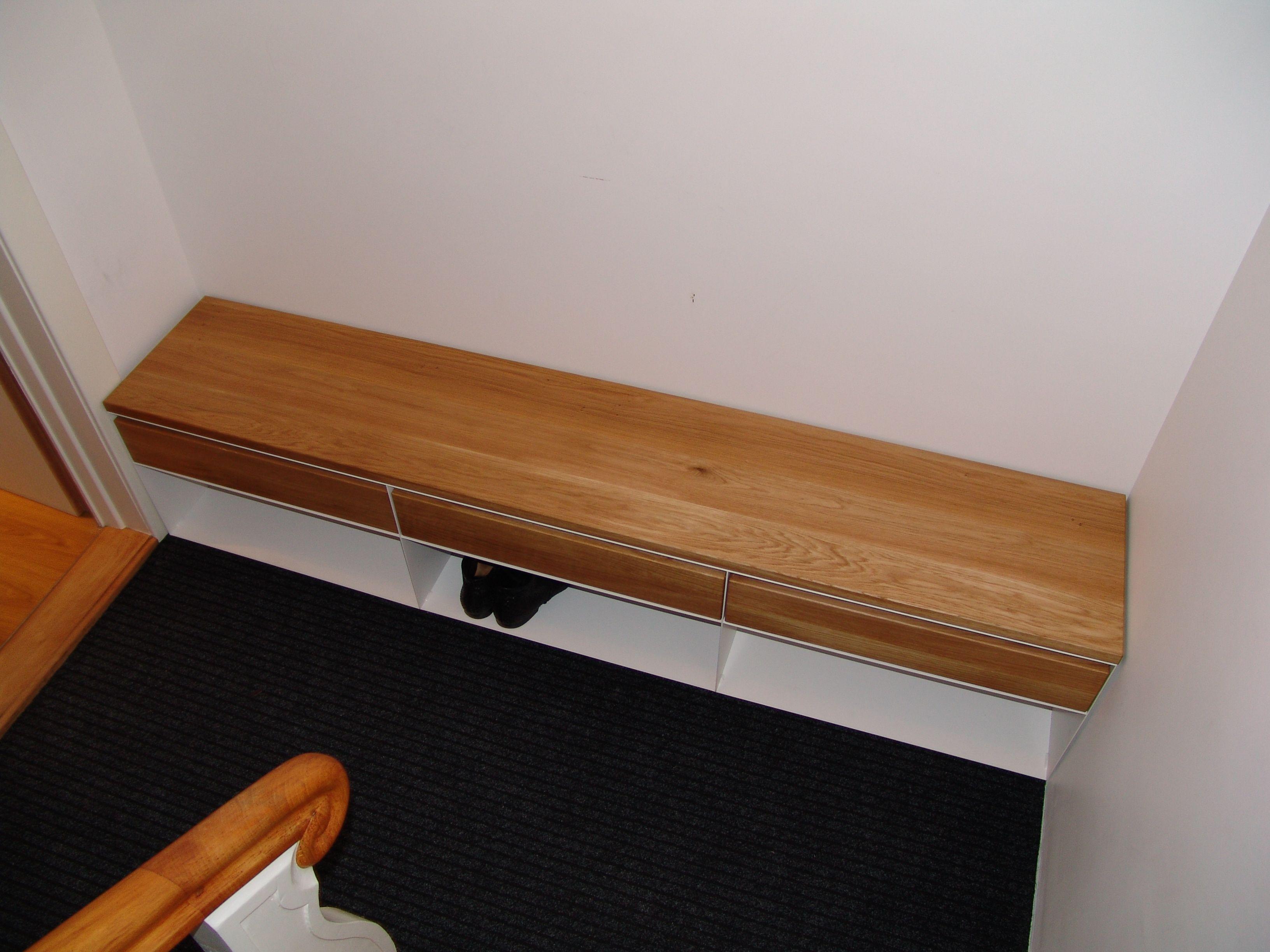 die besten 25 sitzbank schuhe ideen auf pinterest einbauschrank gang vorraum und gaderobe. Black Bedroom Furniture Sets. Home Design Ideas